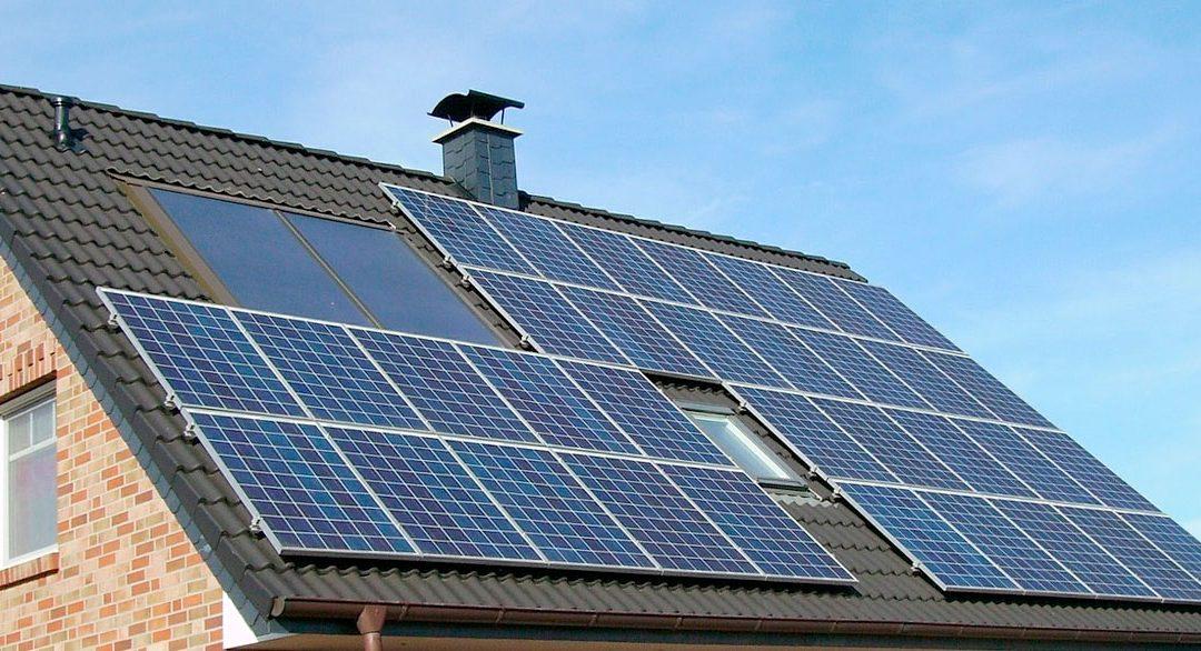 Solcelleanlæg på hustag